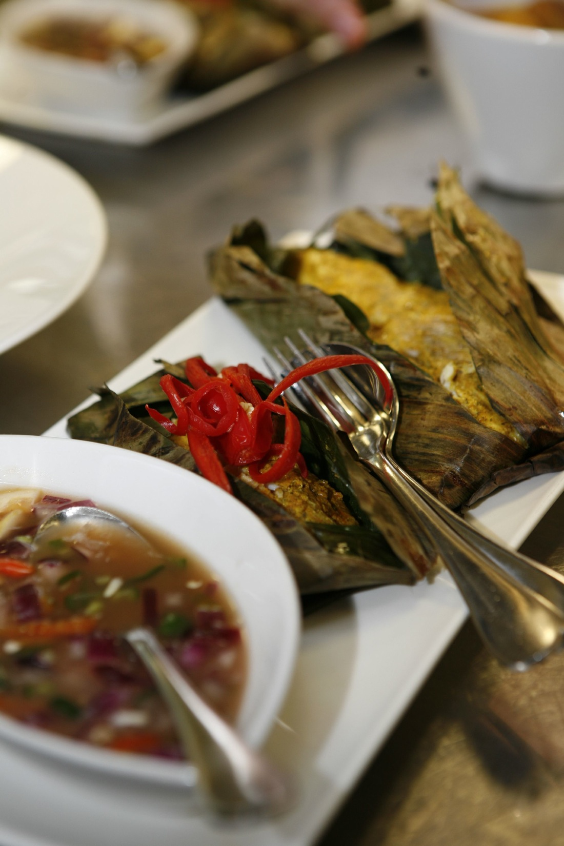 Grilled Snapper in banana leaf (Malaysian recipe)