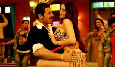 Sunny Leone shootout at wadala item song video